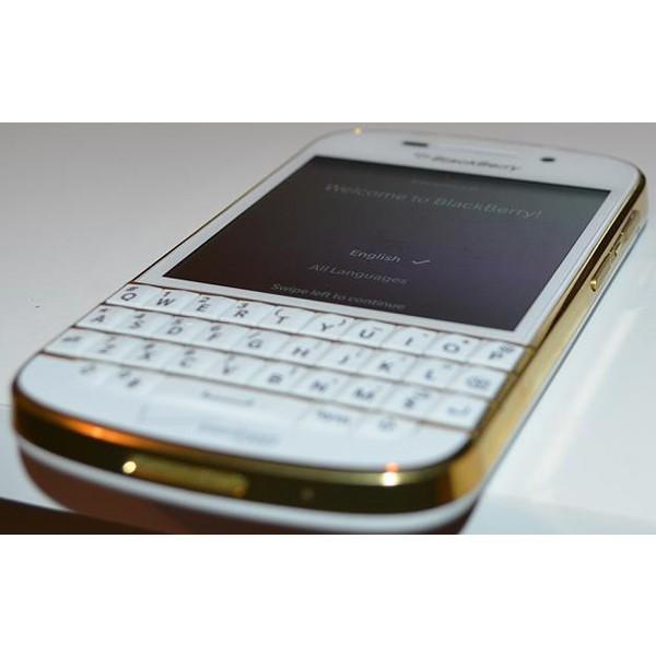 گوشی موبایل بلک بری Q10 گلد